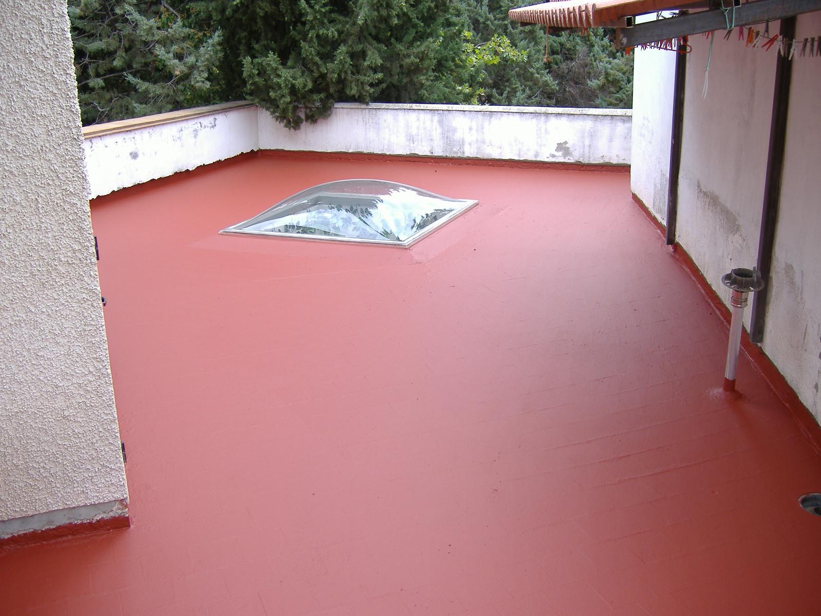 Foto2: Impermeabilización capas intermedias en terraza